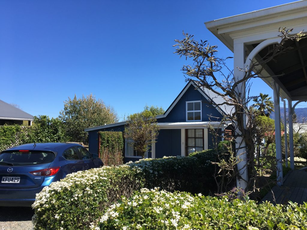 Our airbnb in Moteuka, New Zealand | International Hotdish